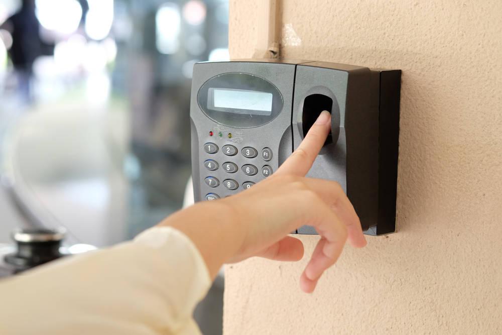 Control de accesos biométrico
