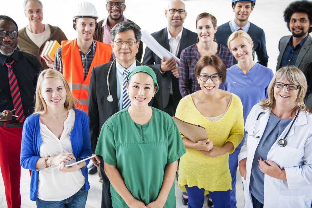 Los fabricantes de vestuario laboral online abastecen a nuestros profesionales